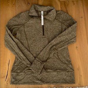 Lululemon Athletica pullover size 8